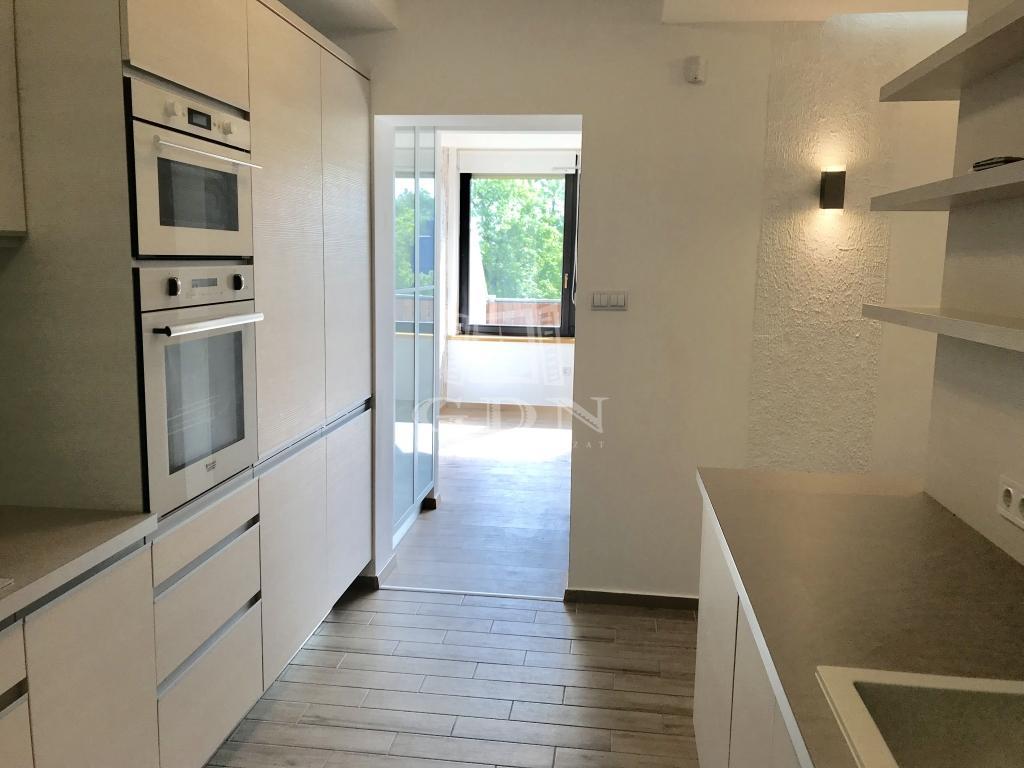 Eladó lakás 12 kerület